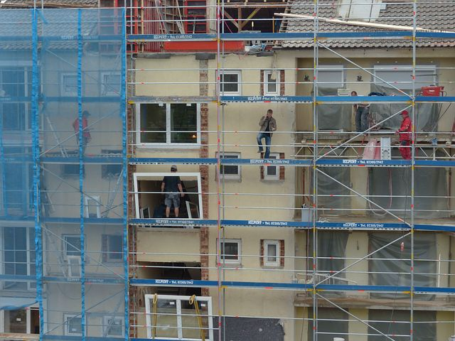 scaffold on a construction building